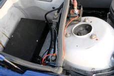 ??  ?? H- REGLÅDAN. En liten elektronisk box, köps färdig för cirka 2000 kr och reglerar både hastighet och varvtal. Helt avgörande funktion för en A-traktor.