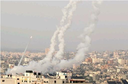 """??  ?? שיגור רקטות מעזה בזמן מבצע שומר החומות. """"חמאס התחזק מסבב לסבב"""""""