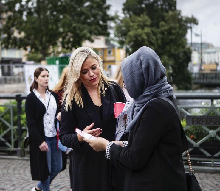 ?? Bilder: Petter Trens ?? Viktoria tryggvadottir Rolka sitter i trafiknämnden för socialdemokraterna.