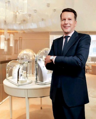 ??  ?? PROUDLY PRESIDING Nicolas Luchsinger has come a long way from a law degree to his position at the helm of Van Cleef & Arpels Asia Pacific