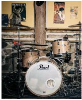 ??  ?? The beat goes on Mark's drum set takes centre stage in his music studio, a a version of Levon Helm's studios in Woodstock, N.Y., where the late Helm once hosted his legendary Midnight Rambles sessions