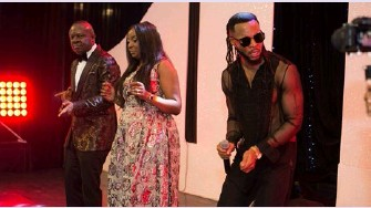 ??  ?? Music Artiste, Phyno, performing at the event