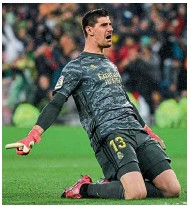 ??  ?? Zamora Trophy…Courtois was named La Liga's best goalkeeper for the third time in 2019-20