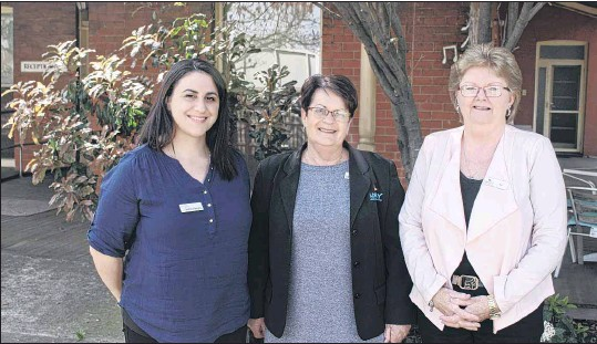 ?? PHOTO: Samantha Dick ?? HELP IS HERE: Wangaratta's new Invisible Hurdles family violence lawyer, Andrea Georgiou (pictured, from left), provides legal advice to young people with the support of NESAY's Sue Watts and Joy Ware.