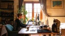 ??  ?? Employers are no longer required to allow staff to work from home — but at the same time, not everybody wants to go back to the office