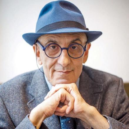 """?? TONY VALDEZ ?? El caso argentino. En su libro, Rieff no ahonda en la cuestión de los derechos humanos en la Argentina. """"Tengo una relación muy ambivalente"""", dice. """"Entiendo los peligros de olvidar. pero dar a los fallecidos de la guerrilla antes del golpe del 76..."""