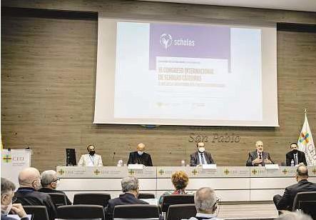 ?? SCHOLAS ?? Inauguración del congreso con Sánchez Sorondo, responsable de la Pontificia Academia de las Ciencias.