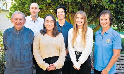 ??  ?? Following the award ceremony are (from left) Frank McGrath (youth scholarships Rotary Club Taradale), Emre Erturk (EIT Rotary liaison), scholarship winners Britney Lee, Tasi Sua, Leah McElligott and Claire Connor (president of Taradale Rotary Club); absent: Susanna Gray.