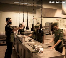 ??  ?? Chef Kevin Cherkas