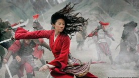 """??  ?? La actriz Liu Yifei en la película """"Mulan"""""""