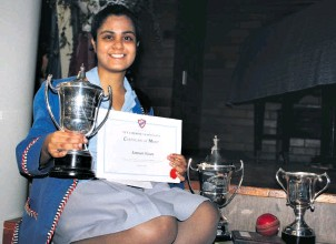 ??  ?? Aaminah Hoosen bagged a number of academic awards but also scooped the prestigous Dux award for 2018