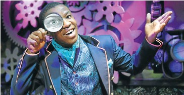 ??  ?? IN THE PUBLIC EYE: Asiphe Mnqika is a magician who has learnt his craft, and self-confidence, at the College of Magic