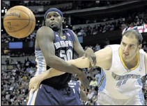??  ?? Kosta Koufos (right, with Grizzlies forward Zach Randolph) gives Memphis size at 7- 0, 265 pounds and will allow the team to rest Marc Gasol.