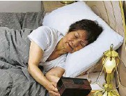 ?? Shuttersto­ck ?? It is important to avoid sleep disruption­s in the night. Most need seven hours for good health.