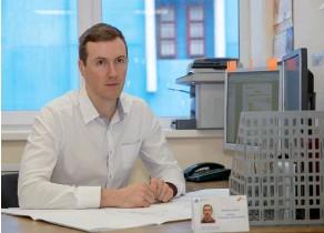 ??  ?? На Всероссийском конкурсе «Инженер года-2019» Александр Лавров победил в номинации «Инженерное искусство молодых».