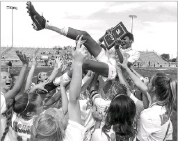 ?? 2018 File Photo/special Contributor ?? Midlothian Heritage's Rachel Allen (top center), last year's state tournament MVP, is back as Heritage seeks a repeat.