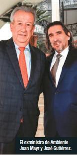 ??  ?? El exministro de Ambiente Juan Mayr y José Gutiérrez.