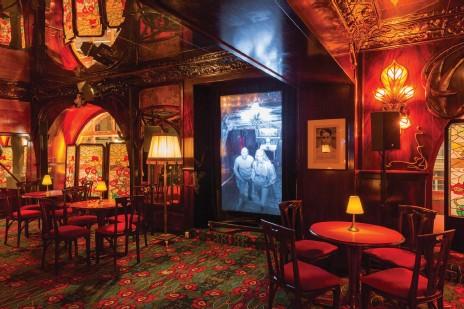 ??  ?? Prada Mode, Maxim's Paris