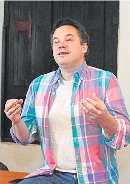 ?? LA VOZ/ARCHIVO ?? DENUNCIADO. Iván Noel, cineasta francés, se radicó hace una década en la provincia de Córdoba, primero en Jesús María y ahora en Alta Gracia.