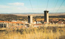 ?? TIMOTHY BERNARD ?? HARMONY, which acquired AngloGold Ashanti's Mponeng mine last year, says it has helped boost production and cash flow. | African News Agency (ANA)