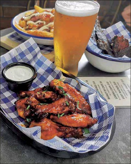 ??  ?? TASTY: Marty's Bistro serves up fresh seafood and twists up pub classics.