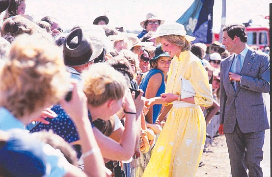 ??  ?? MEET AND GREET: Though the crowds never knew, the 1983 royal tour was a very stressful time for the young Princess of Wales.