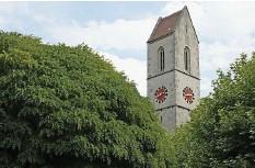 ?? Foto: Roland Schmid ?? Die zweitgrösste Glocke im Turm der Kirche hat trotz Abschaltung geläutet.
