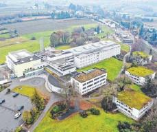 ?? FOTO: FELIX KÄSTLE ?? An der Klinik Tettnang steigt die Zahl der mit Corona infizierten Mitarbeiter weiter an.