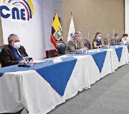 ?? CORTESÍA CNE ?? kEl pleno del Consejo Nacional Electoral se reunió ayer para la continuación de la Audiencia Pública Nacional de Escrutinios, en la que conocieron los resultados.