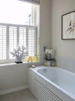 ??  ?? EN SUITE Shutters ensure both privacy and plenty of natural light. Walls painted in String estate emulsion, £54 for 2.5ltr, Farrow & Ball