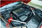 ??  ?? ▶ Mekanikeren bliver glad, hvis du vaelger din Z4 med den lille motor! Med fire cylindre er der bedre plads til at skrue i motorrummet.
