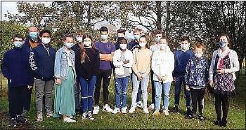 ??  ?? Les élèves de 3e du collège Le Dinandier ont créé la mini-entreprise Cleanteeth dans le cadre de leur option.