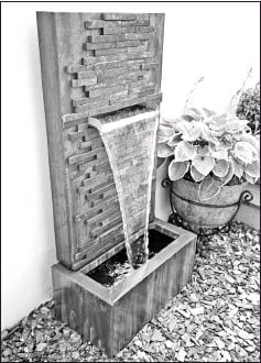 ??  ?? A water feature would create a tranquil oasis in the garden.