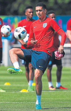 """??  ?? Chris Smalling: """"normal recovery process""""."""