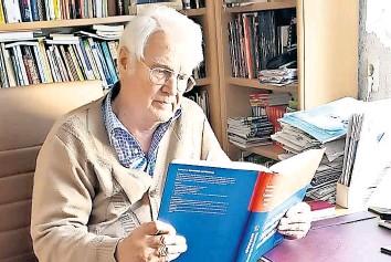 ?? FOTO: PRIVAT ?? Professor Siegwart Bigl (81) kritisiert, dass in Sachsen Testkapazitäten radikal weggespart wurden.