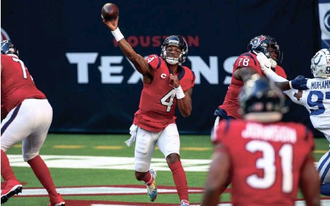 ?? TROY TAORMINA / USA TODAY SPORTS ?? After watching teammates leave the Houston Texans, quarterback Deshaun Watson has asked the organization for a trade, but the Texans do not plan on moving him.