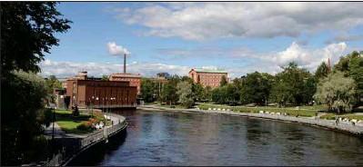 ??  ?? LOCKAR. Timo Aro beskriver Tammerfors som en stad med stark dragningskraft, lite av ett Finlands Göteborg.