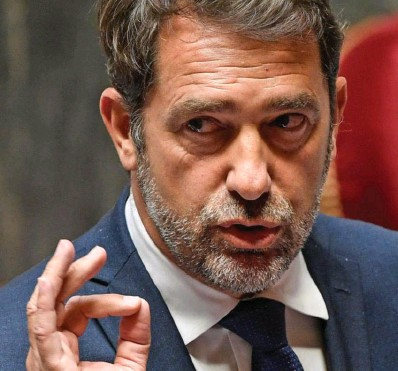 ?? Photo AFP ?? Des gilets jaunes au confinement en passant par les manifestations sur les retraites, Christophe Castaner a dû faire face aux polémiques les plus diverses.