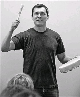 ?? JEAN LEVAC, THE OTTAWA CITIZEN ?? Adam Beach says the spirit of his parents guides him as he tries to be the best father possible to three children while being a full-time actor and having to travel often.