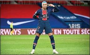 ??  ?? Kylian Mbappé a marqué son cinquième penalty de la saison mercredi.