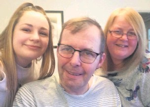 ?? Phillipa Hough ?? • Jessica Hough (left) with dad Christopher and mum Phillipa