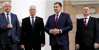 ??  ?? У входа гостей встречал глава предприятия Александр Новиков