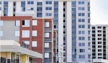 ?? Josefina villarreal ?? En el primer semestre de 2021 se vendieron 9.352 viviendas VIS en el departamento.