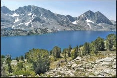 ?? Photo by Wendilyn Grasseschi ?? The Inyo National Forest reopens to backcountry and day use travelers again today, Sept. 16, meaning places like Duck Lake are once again accessible.