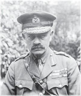 ??  ?? OVER:General sir Julian Byng – sjefen for den britiske 3. armé. En svært godt likt og respektert leder.