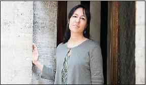 ??  ?? Elsa Marpeau, romancière, scénariste… et créatrice de séries à succès.