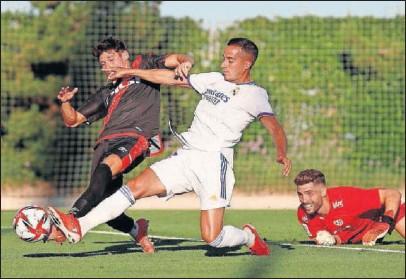 ??  ?? Lucas Vázquez, el pasado domingo, en acción contra el Rayo Vallecano.