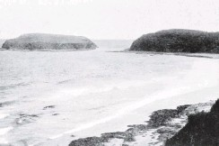 ?? COPIES OF PICTURE AVAILABLE FROM ODT FRONT OFFICE, LOWER STUART ST, OR WWW.OTAGOIMAGES.CO.NZ ?? Jacks Island and Bay in the Catlins district, a bathing resort at holiday time. — Otago Witness, 26.10.1920.