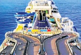 ?? WORLDOFCRUISING.CO.UK/EL COMERCIO-GDA/CRUISETOTRAVEL ?? Pista de karting de Norwegian Cruise