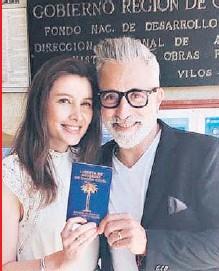 ??  ?? El chef regresó a Chile en septiembre y, decidido a no volver a estar separado la de Fran, le pidió la mano.